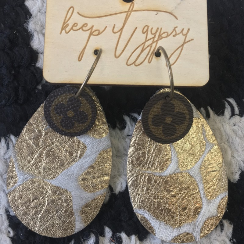 GORGEOUS HANDMADE Louis Vuitton earrings. Made is upcycled Louis Vuitton handbag pieces, and faux fur & leather. These are a custom order item, which means, if purchased, will need to be made and shipped. So, if purchased, will take bewteen 4-6 weeks for delivery.