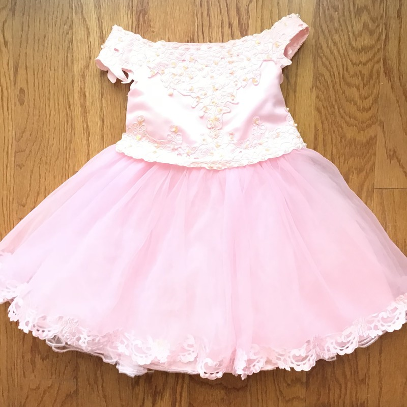 Popatu Dress, Pink, Size: Small<br /> <br /> <br /> ALL ONLINE SALES ARE FINAL. NO RETURNS OR EXCHANGES.