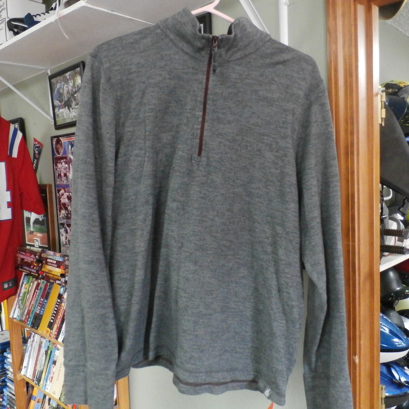 The North Face men&#039;s Long sleeve pullover gray size Large #12450<br /> Rating:   (see below) 3 - Good Condition<br /> Team: n/a <br /> Player: n/a  <br /> Brand: The North Face<br /> Size: Large - men&#039;s(Measured Flat: chest 21&quot;; length 26&quot;)<br /> measurements are: armpit to armpit &amp; top of shoulder to bottom hem <br /> Color: Gray<br /> Style: long sleeve pullover; partial zip up<br /> Material: 97 cotton 3 polyester; <br /> Condition: - Good Condition - wrinkled; pilling; fabric has areas that apprear discolored; fabric is slightly stretched out; sleeve ends are mildly stained; (See Photos for condition and description)<br /> Shipping: $4.62<br /> Item #: 12450