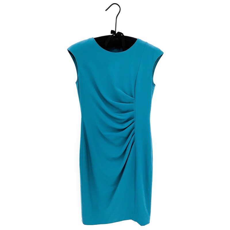 SALE<br /> <br /> - Max Mara teal short sleeve dress<br /> - Size 2<br /> <br /> CHEST:  32 in<br /> WAIST: 28 in<br /> HIPS: 35 in<br /> SLEEVES: 5.5 in<br /> TOTAL: 36 in