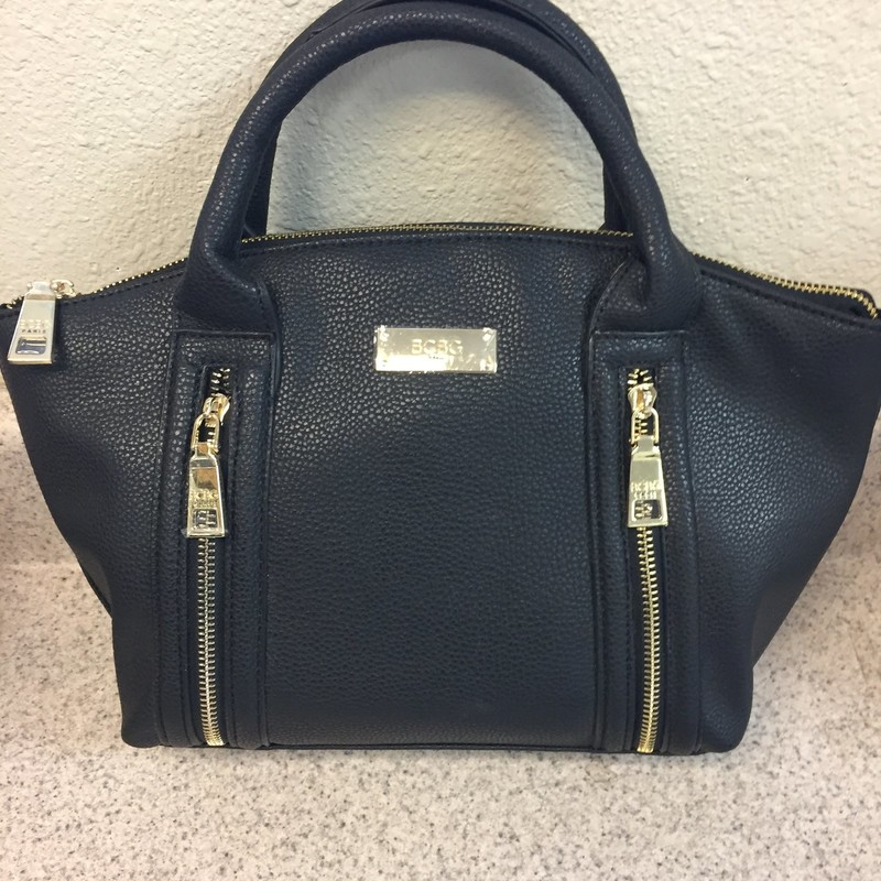 "New Leather BCBG Purse.comes with shoulder strap. Measures 13""x9"""