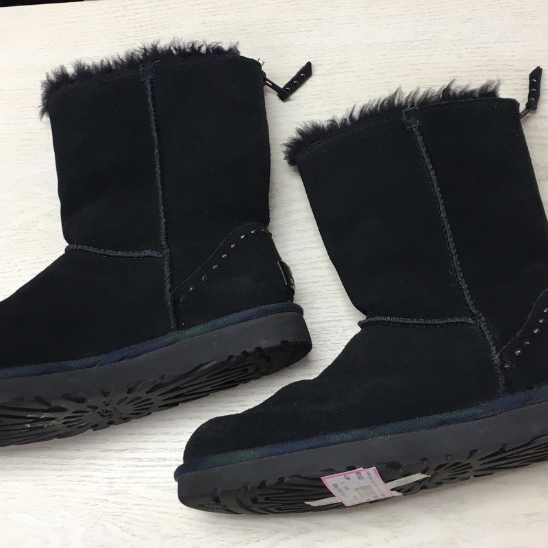 Black Zipper Uggs, Black, Size: 8