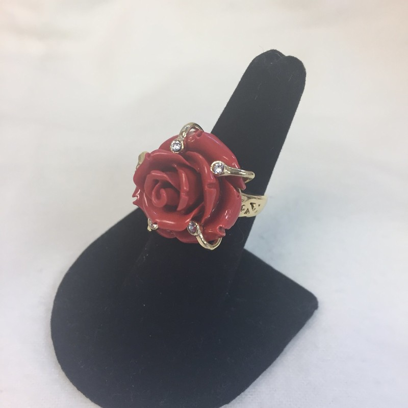 "Belleza Carved Resin Flower Ring. Bronze and yellow plating. size 6. Made in Italy. Approx. 15/16""L x 15/16""W x 11/16""H; shank 1/16""W"