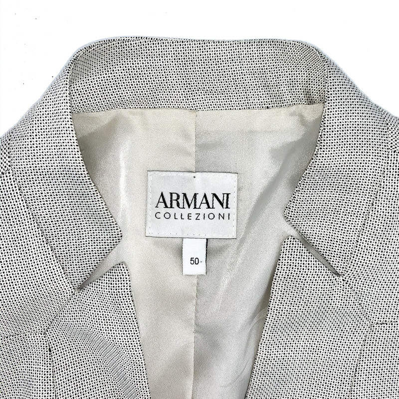 - Armani taupe dot blazer<br /> - Size Large<br /> <br /> MEASUREMENTS:<br /> <br /> Chest: 42 in<br /> Waist: 38 in<br /> Arms: 24 in<br />  Full: 27 in