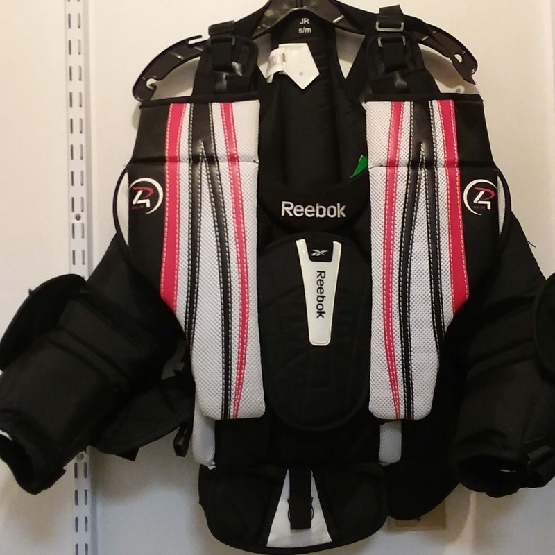 Reebok Premier 4, Chest, Size: Jr S/M