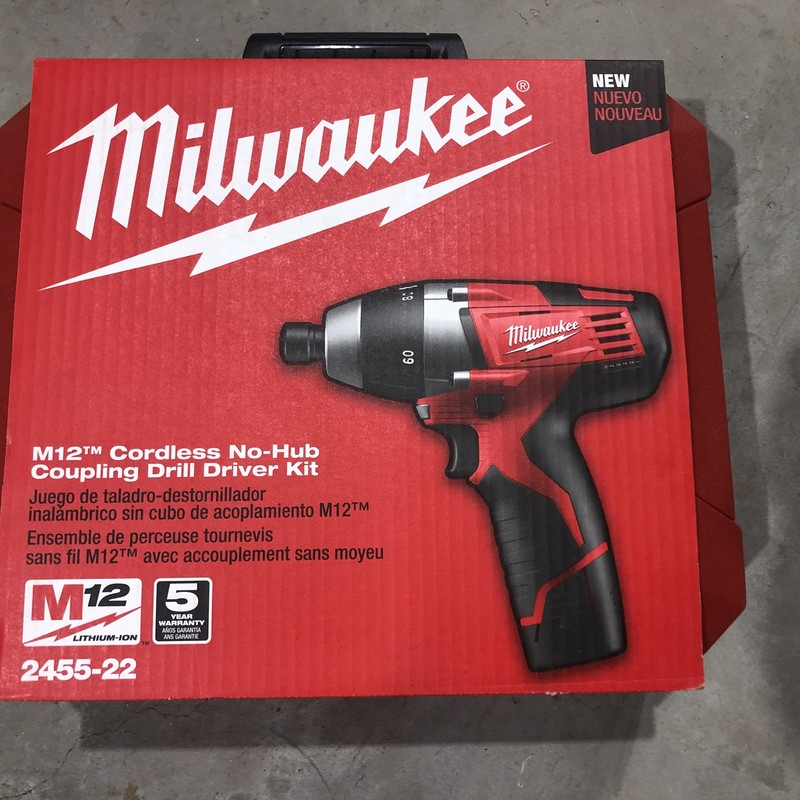 Milwaukee 2455-22 M12 12-Volt Lithium-Ion Cordless 1/4 in. Hex No-Hub Driver Kit W/ (2) 1.5Ah Batteries & Hard Case<br /> <br /> *NEW IN PACKAGE*
