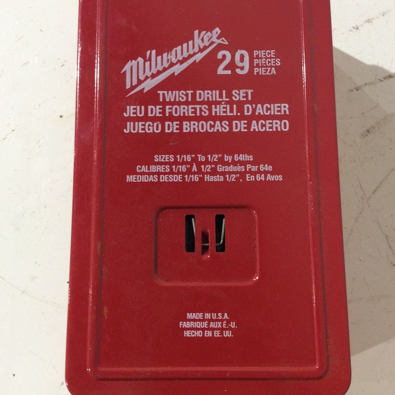 "Milwaukee 29 Piece Twist Drill Set. 1/16"" to 1/2"" by 64ths<br /> <br /> *MADE IN USA*<br /> <br /> *NEVER USED*"