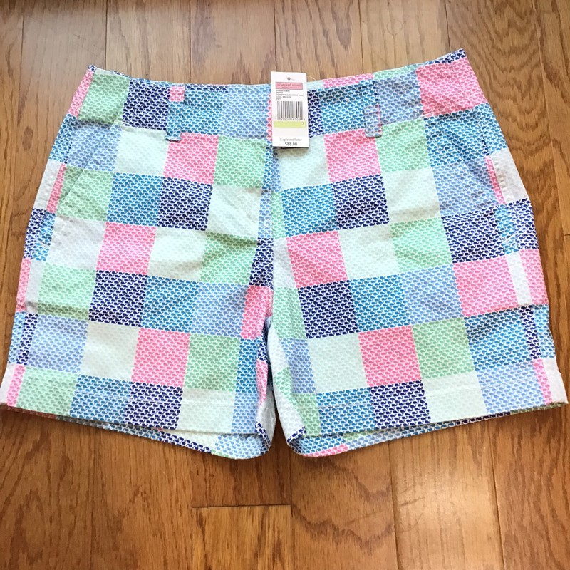 Vineyard Vines Short NEW, Multi, Size: 4<br /> <br /> <br /> WOMENS SIZE<br /> <br /> NEW WITH TAG<br /> <br /> <br /> ALL ONLINE SALES ARE FINAL. NO RETURNS OR EXCHANGES.