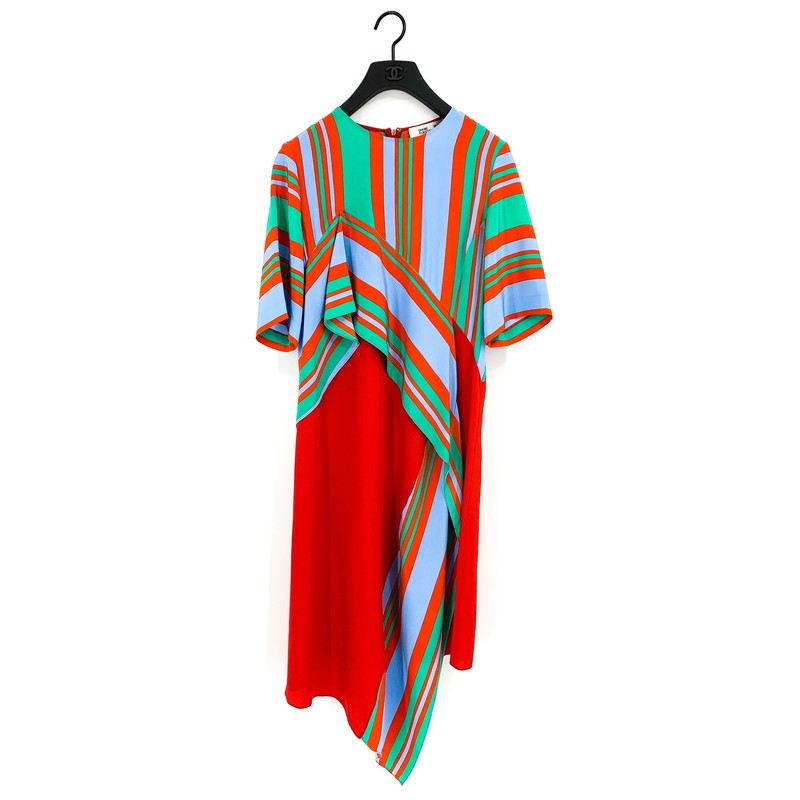 Diane Von Furstenburg Red, Blue, and Green Flowy Silk Dress<br /> <br /> DETAILS<br /> - Asymmetrical hemlines<br /> - Alternating blue, red, and green stripes<br /> - 100% silk<br /> - Light and flowy<br /> - Size medium<br /> - Condition: Excellent!<br /> <br /> MEASUREMENTS<br /> - Chest: 38 in.<br /> - Hips: 40 in.<br /> - Waist: 34 in.<br /> - Sleeves: 11 in. half sleeve<br /> - Full Length: 51 in.