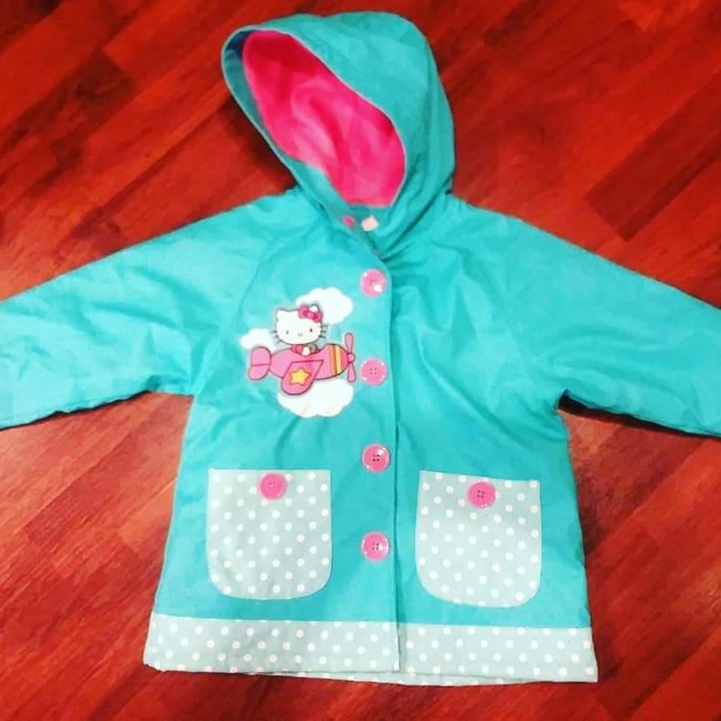 Western Chief Hello Kitty Raincoat, Size: 3