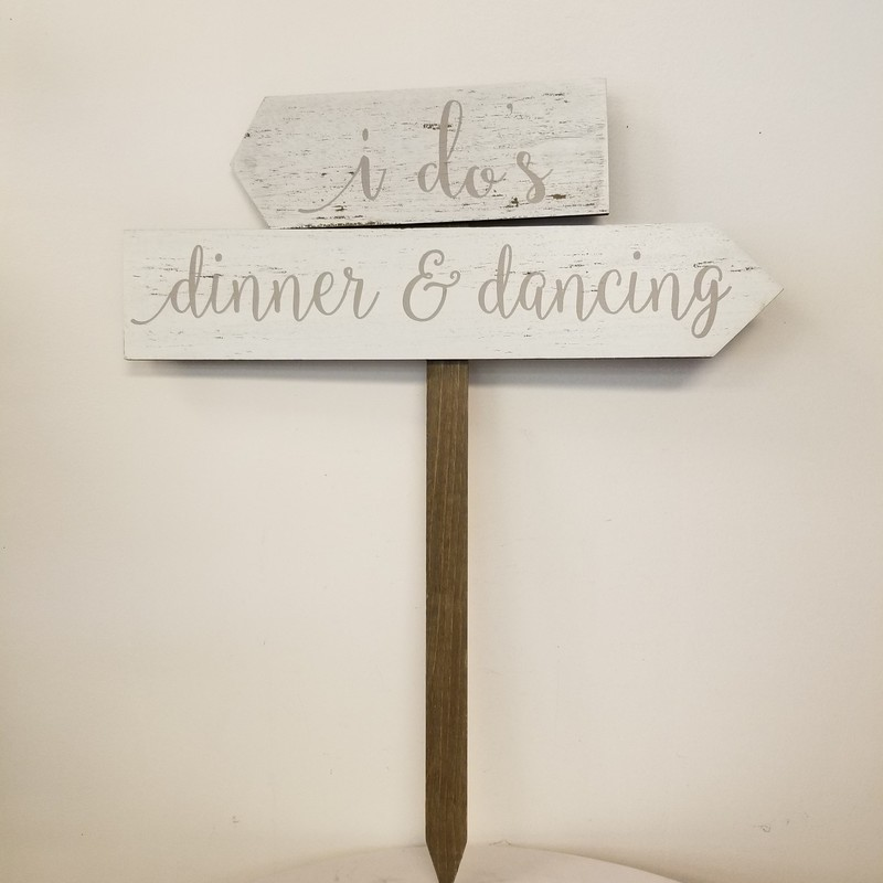 Direction Sign, White, Size: 24x29