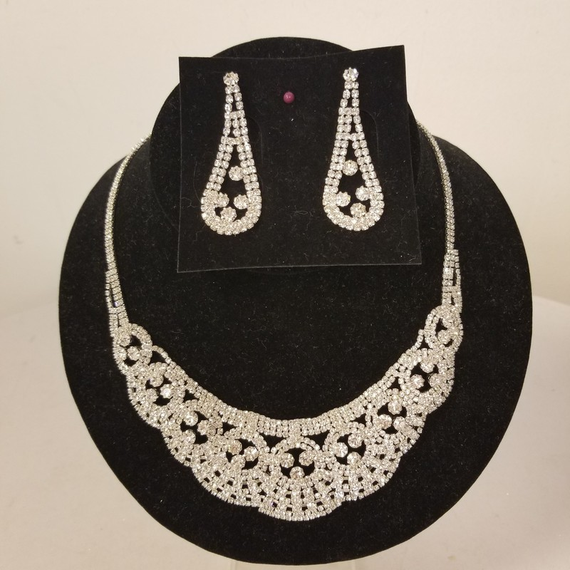 Necklace and Earring Set, Silver