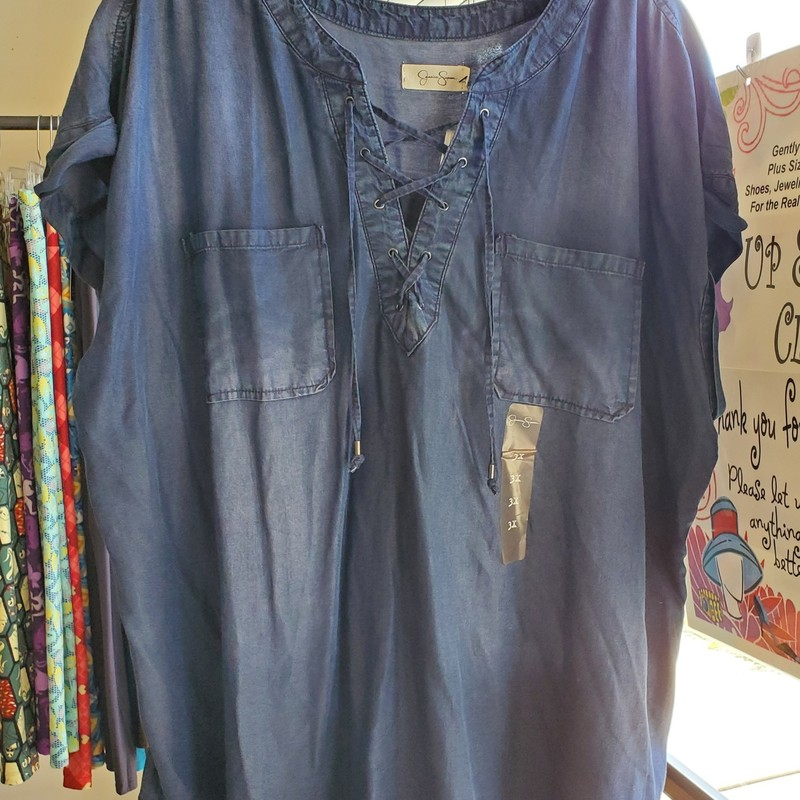 Jessica Simpson NWT<br /> Blue jean look with cap sleeve<br /> Front tie with pockets<br /> Size 3X<br /> Retail $50