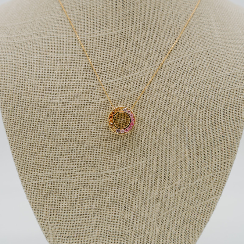 14k yellow gold with 0.75 carats multi colored sapphires in a circle pendant<br /> <br /> #sapphire #pendant #necklace #yellowgold #new