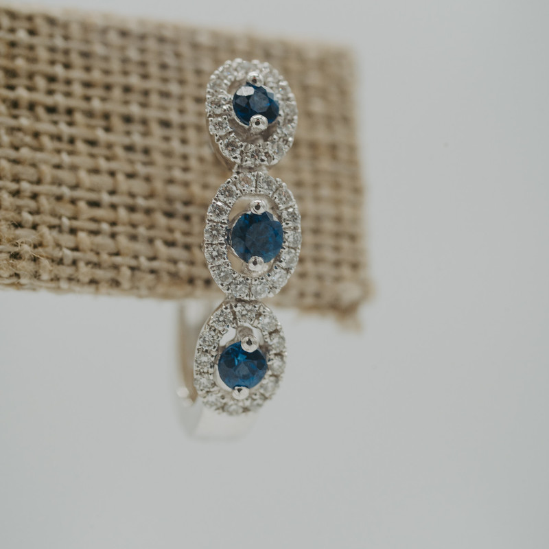 14K White Gold Sapphire 1/3ct Earrings<br /> <br /> #earrings #stud #sapphire #halo #set #jewelry #new