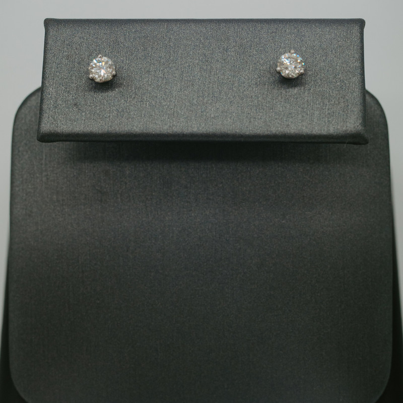 14K white gold  0.5 SI1 Carat Diamond  Stud earrings<br /> <br /> #studs #earrings #new #halfcarat #wedding #birthday #gift #new