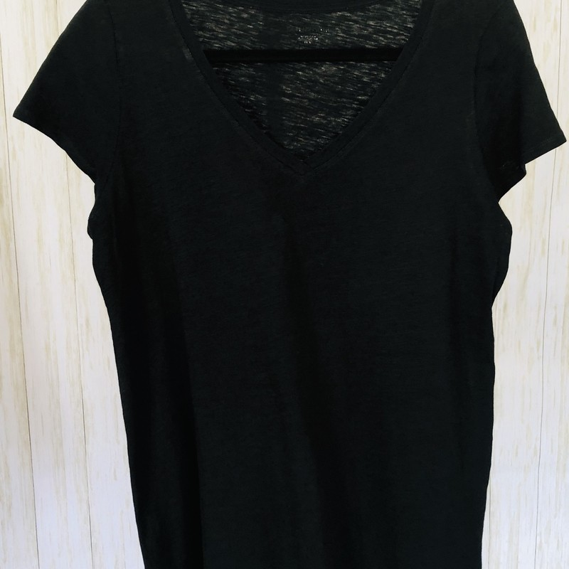 Generously cut V-neck Tee.  100% organic cotton. Light weight and wonderful!  So comfy and luxurious!
