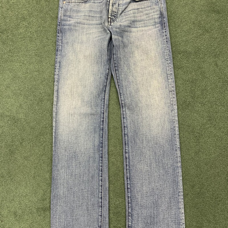 "** 7 For All Mankind **<br /> Color: Denim<br /> Size: 32"" W 35"" L<br /> Condition: Excellent"