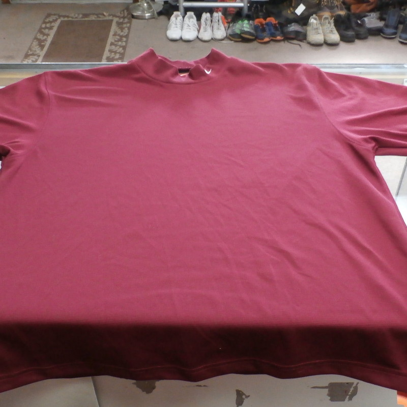 Nike Dri Fit Men&#039;s Shirt Size Medium Maroon Poly Montana Roundball &#039;05 #14066<br /> Rating:   (see below) 3 - Good condition <br /> Team: n/a<br /> Player: n/a<br /> Brand: Nike<br /> Size: Medium - Men&#039;s(Measured Flat: across chest 22&quot;; Length 28&quot;)<br /> Measured Flat: armpit to armpit; top of shoulder to bottom hem<br /> Color: Maroon<br /> Style: short sleeve shirt; dri fit; embroidered logo<br /> Material: Polyester<br /> Condition: - Good Condition - wrinkled; material looks and feels good; light fuzz; few light snags; no stains rips or holes(See Photos for condition and description)<br /> Shipping: $3.92<br /> Item #: 14066