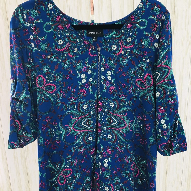 Pretty floral blouse with statement zipper and pockets - roll sleeve and high/low hem!