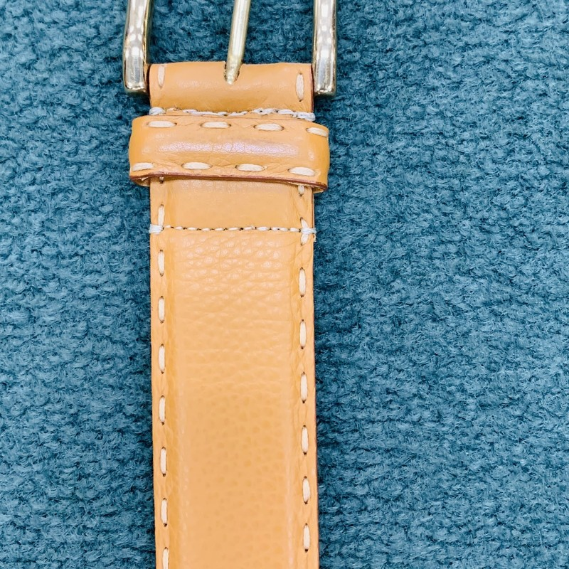 "Carroll & Co. Genuine leather, Handmade in Italy<br /> Color: Peanut Butter<br /> Size: 39 ""<br /> Condition: Excellent"