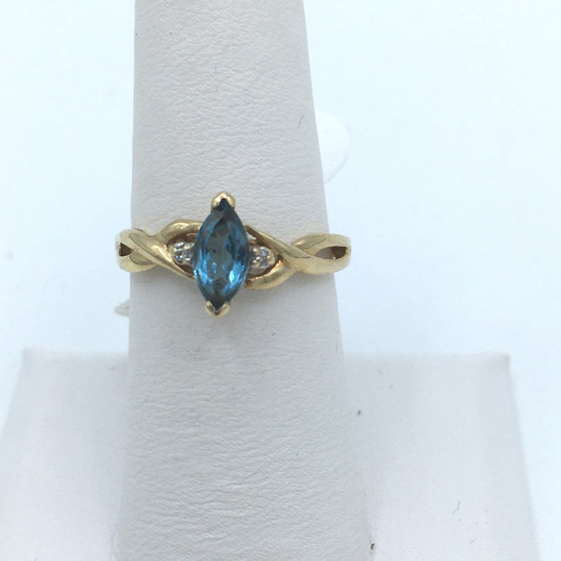Item# 2014437<br /> Aqua Marine and Diamond Ring,<br /> Blue,<br /> Size: 6.5<br /> Price = 115.00