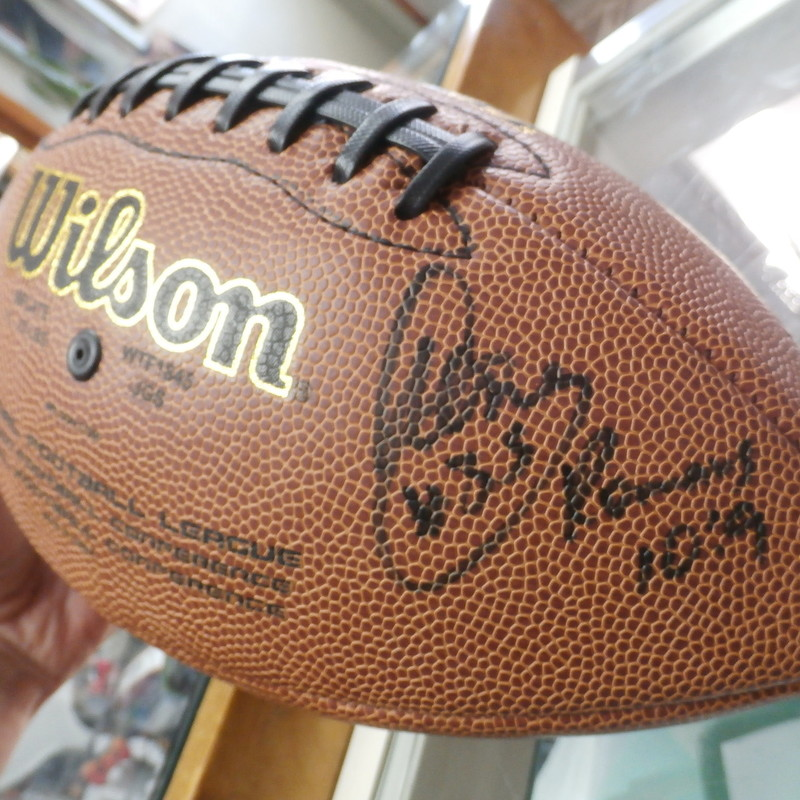 NFL Wilson Football Aeneas Williams autograph Full Size #16173<br /> Rating: (see below)- 3 - Good Condition<br /> Team: Arizona Cardinals<br /> Players: Aeneas Williams<br /> Brand: Willson<br /> Size: Full size - approx 12x8<br /> Color: Brown<br /> Material: composite leather<br /> Style: hand signed autograph football Aeneas Williams #35  10:9 Romans & bonus Cordarrelle Patterson #84<br /> Condition: - Good condition: autographed with sharpie and the football is clean and crisp; missing air; <br /> Item # 16173<br /> Shipping: $12.65