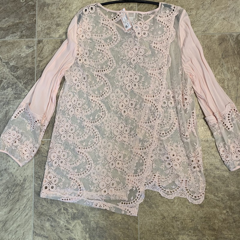 Beautiful Spring Top, Eyelet and Lace, Cotton/nylon/rayon blend.  Size 1 (8/10)