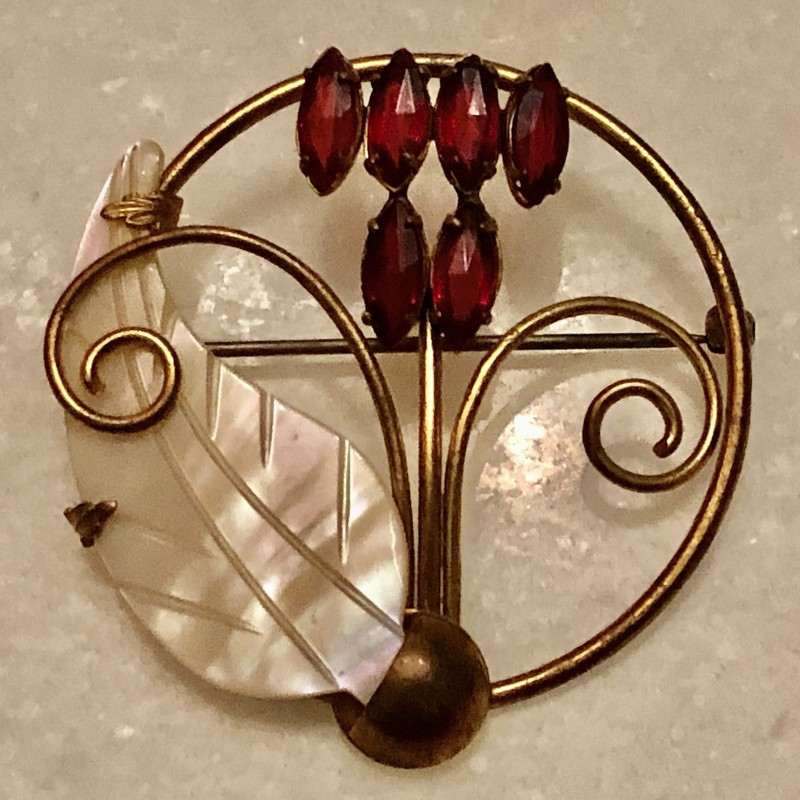 Vintage c.1940s goldtone Flower Brooch.  Red flower petals and mother of pearl leaf.  Size: 1.75 X 1.75