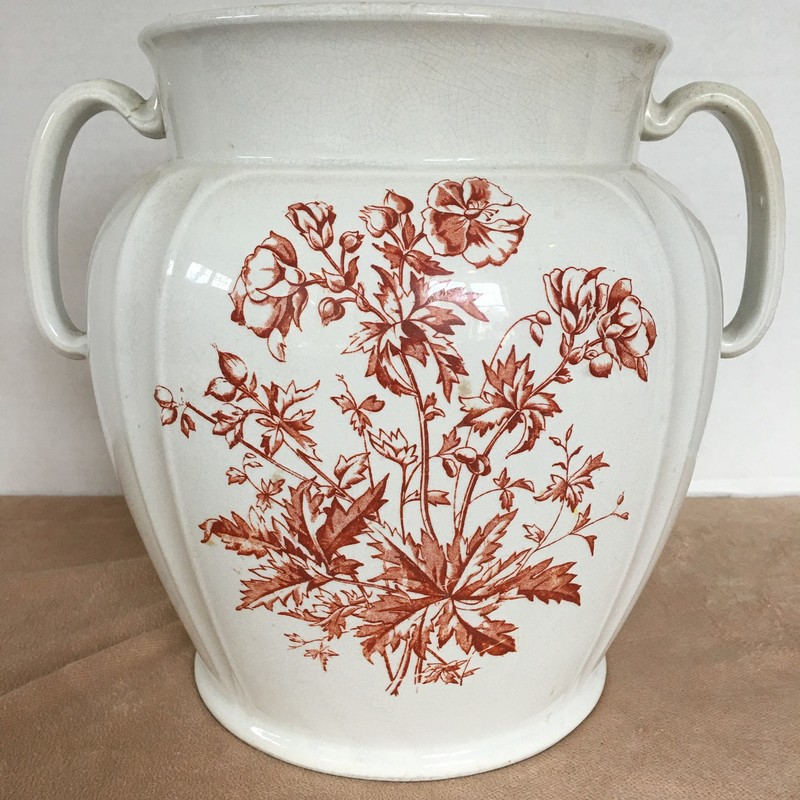Large handled Royal Ironstone pot. Burnt orange floral. Great condition!