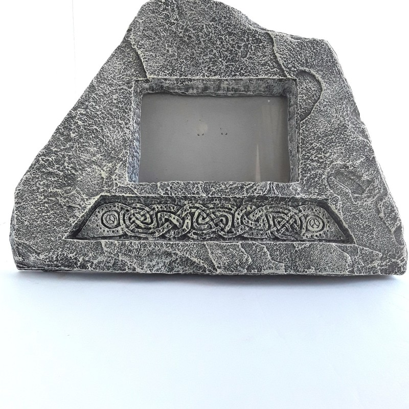 "Gray stone frame. It makes a mighty statement.<br /> <br /> Frame: 11x9""<br /> Photo: 5x3"""