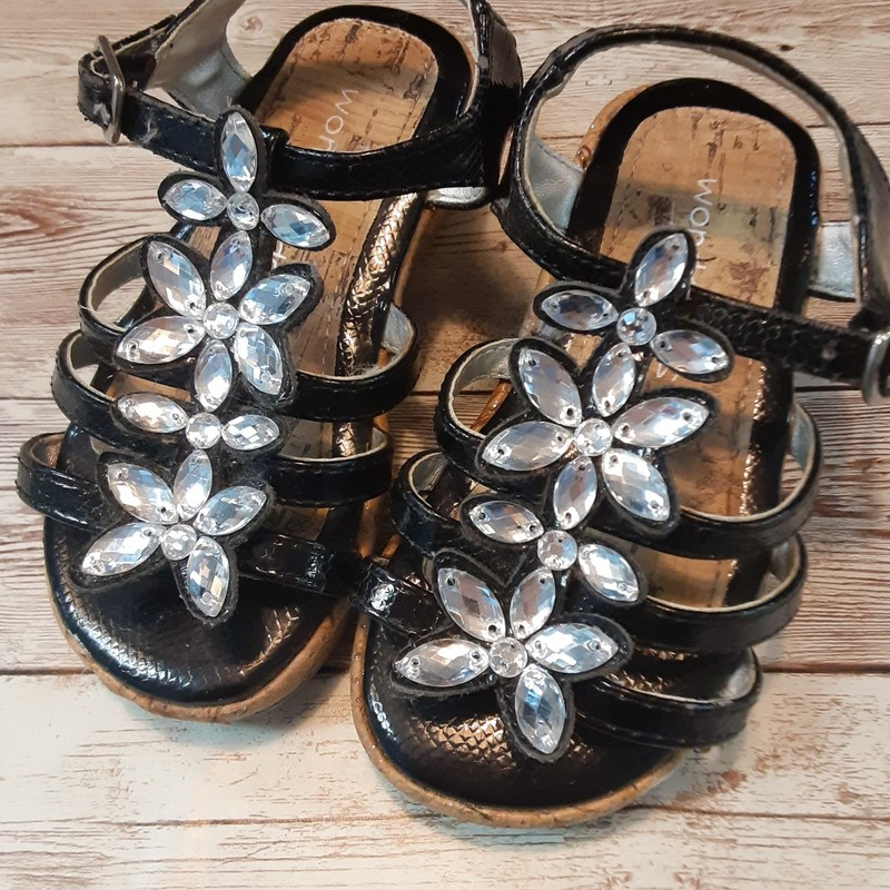 Wonder Kids Gem Sandals.
