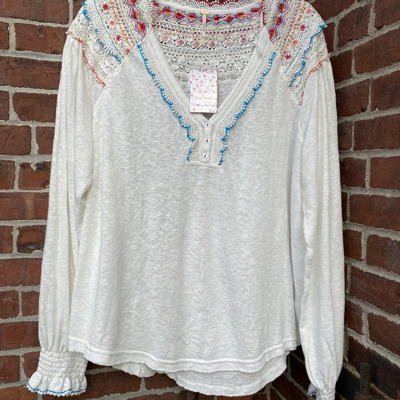 Free People Crochet Top, White, Size: Large<br /> Gorgeous it for L to XL, brand new with tags!!