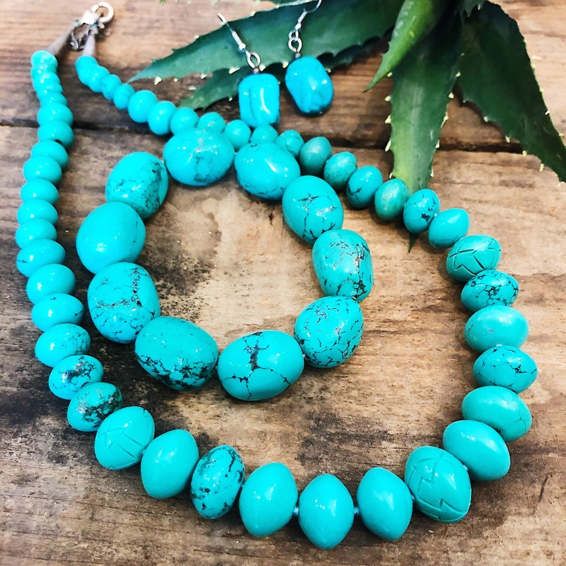 Markdown! was $39.99!<br /> Coldwater Creek Turquoise - Earrings Bracelet Necklace Set