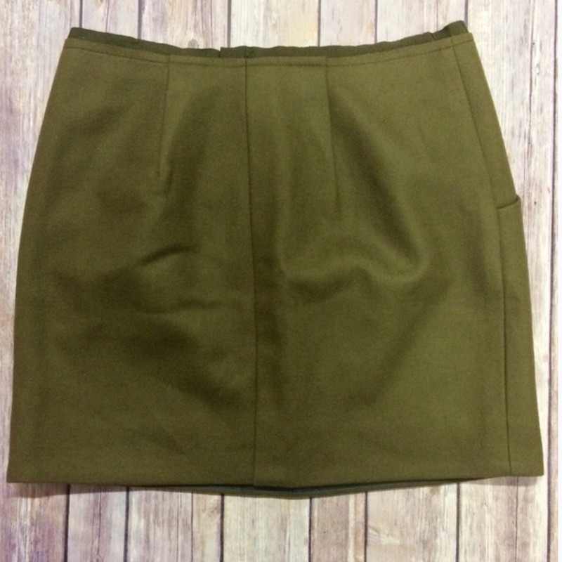 J.Crew Felted Mini Skirt NWT size 0 in olive green Retail Price: $90.00
