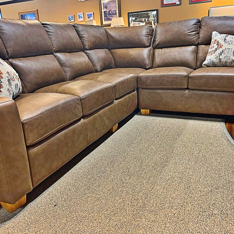 Lawrence Sectional, B27, Size: CKHH