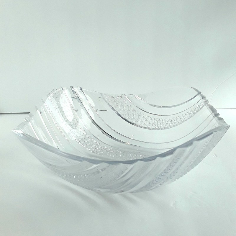 Decorative clear glass bowl.