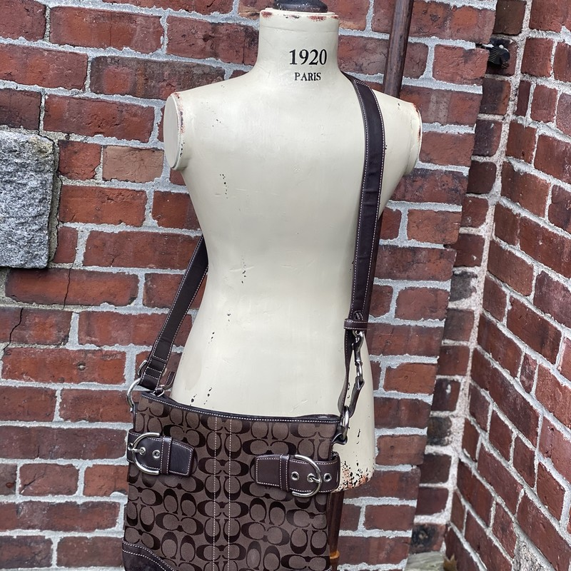 Coach Crossbody, Brown, Size: Large<br /> Very good preowned condition