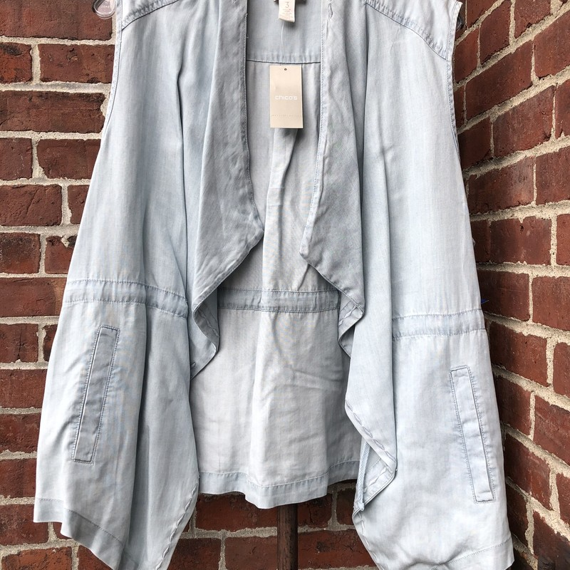 Chicos, Chambray/Faux Jean, Size: Plus<br /> <br /> Retail: $99.00