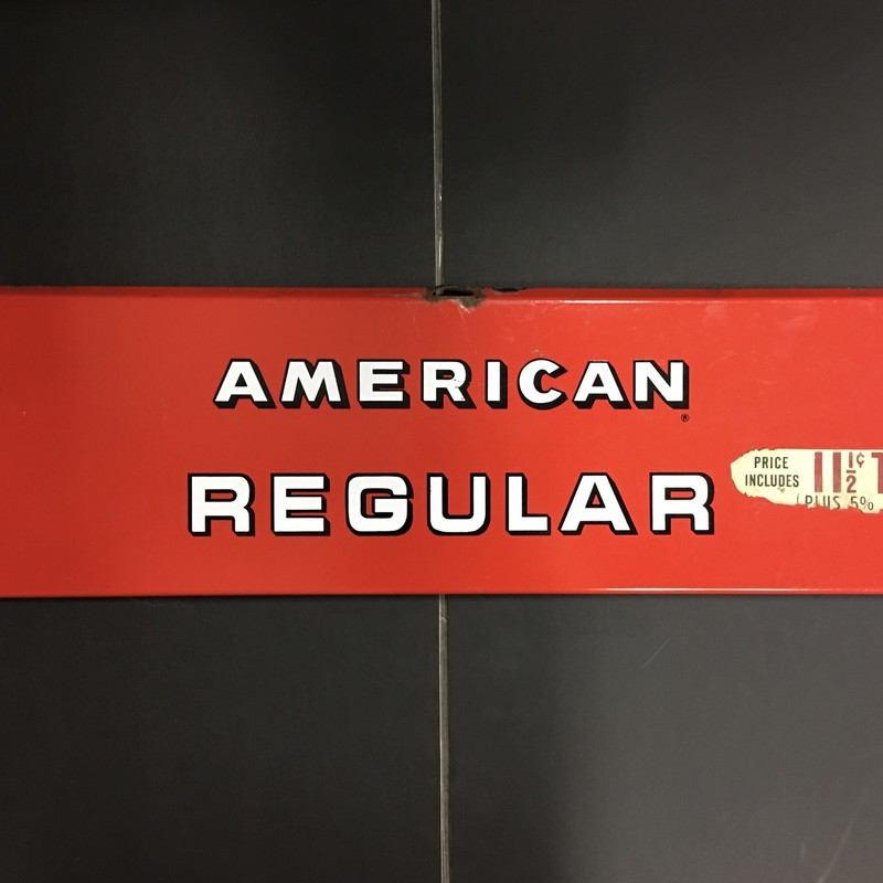 American Regular gas sign. great condition!
