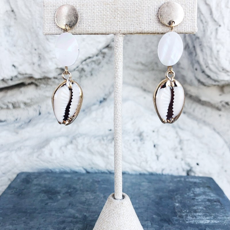 Its Pearl Shell Dangle, Gold, Size: ,