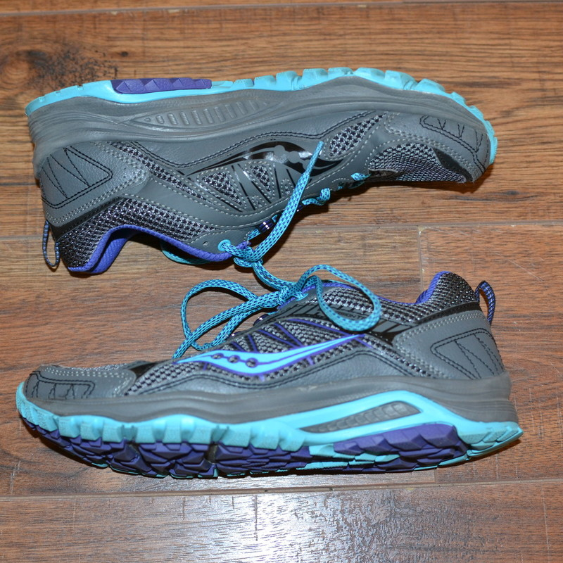 Saucony<br /> Like new<br /> Gray with purple and blue<br /> Size 8.5