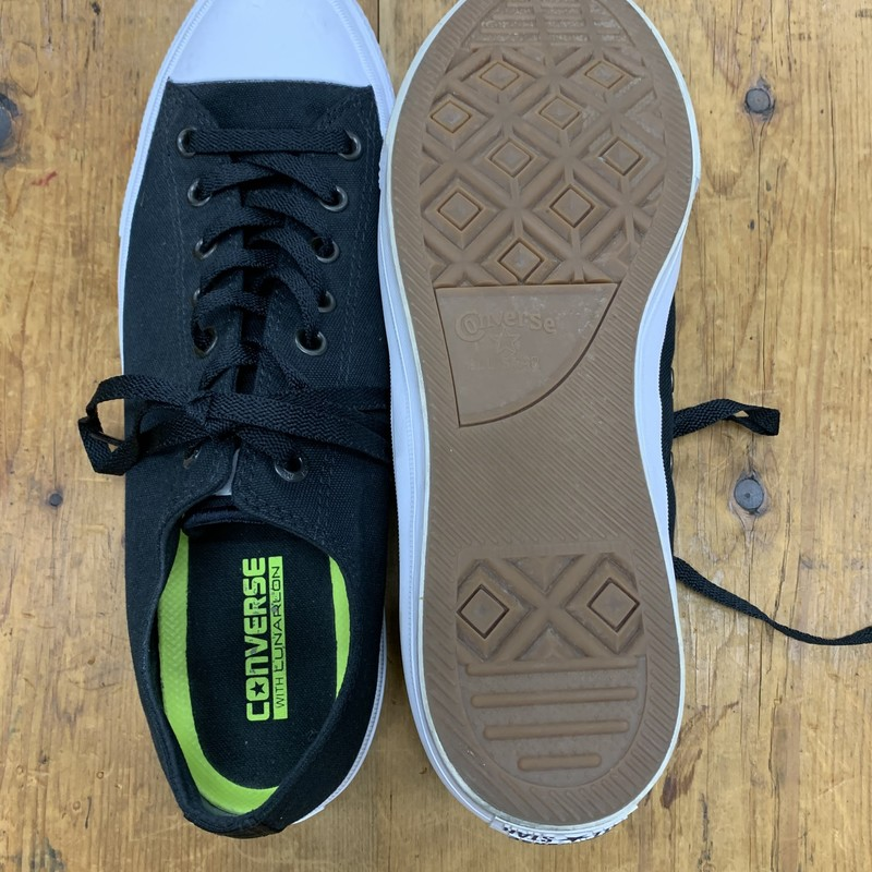 Converse With Lunarlon<br /> Color: Black w/ white sole<br /> Size: 11<br /> Condition: Excellent, very little wear
