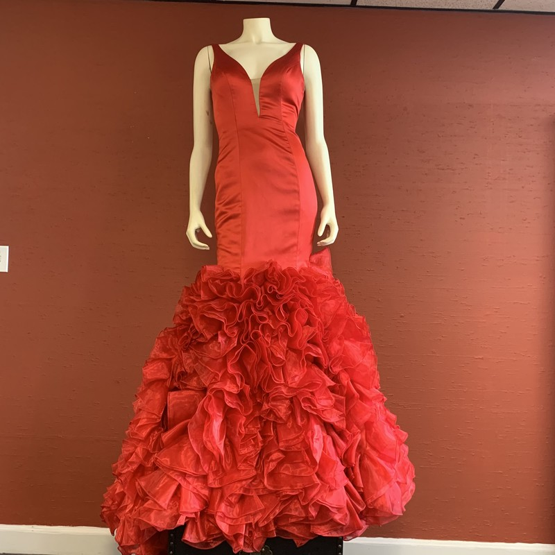 SHERRI HILL Gown.