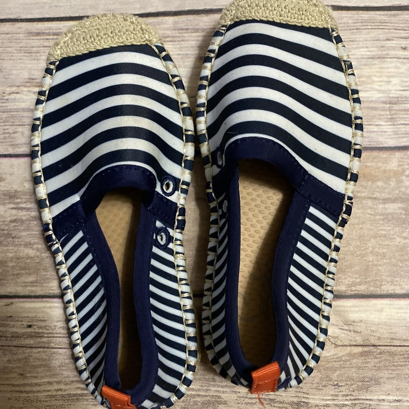 Seastar, Stripe, Size: Shoe 10<br /> <br /> Sea Star Beachcomber: The Original Water-Friendly Espadrille<br /> <br /> A classic espadrille design reimagined with a water-friendly neoprene upper and protective rubber deck shoe sole.<br /> <br /> Retails for $68!