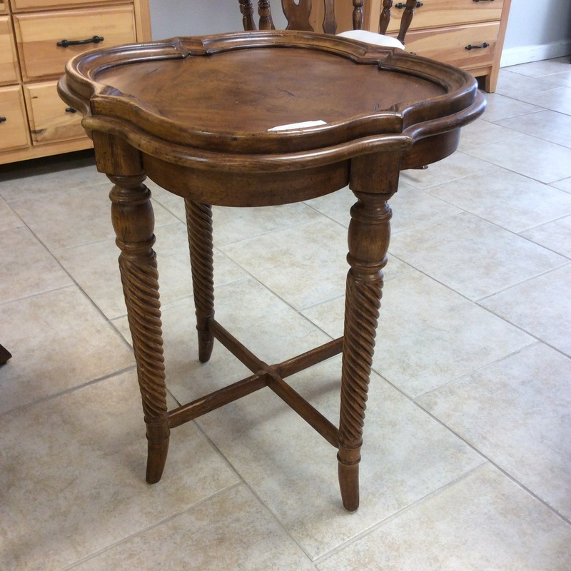 This little HEKMAN side table is adorable! It features solid wood construction with a cherry finish. The top is a quatrafoil shape, and the legs are tightly twisted spindles, braced together at the bottom. LOVELY!