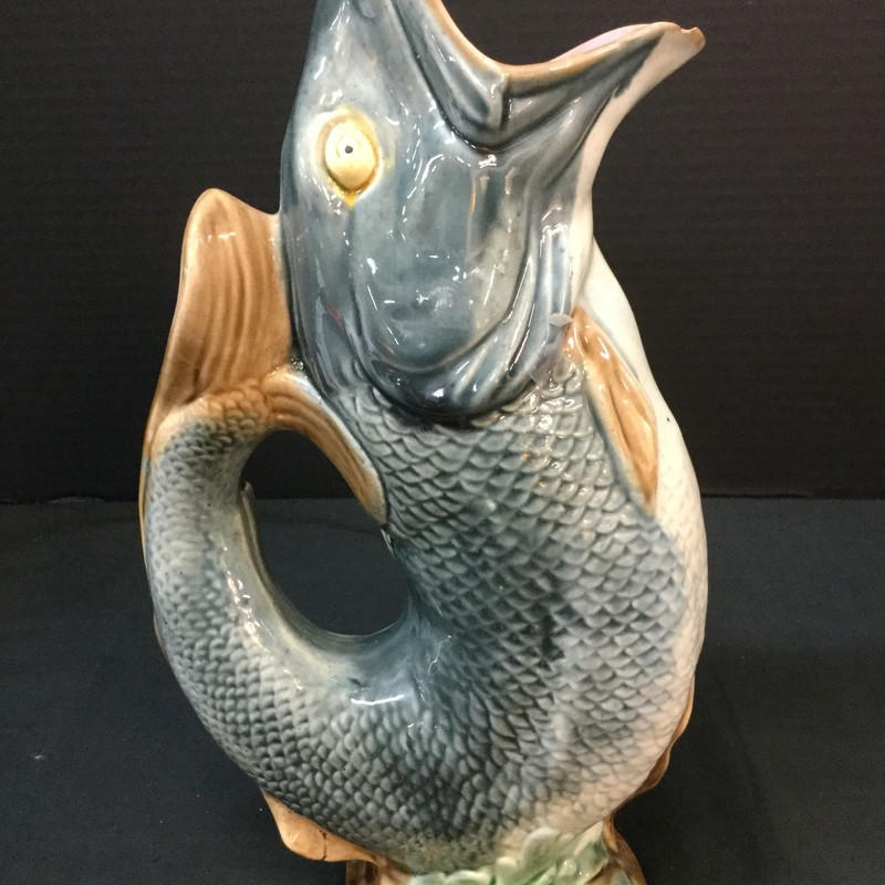 Lovely majorica  Fish vase.  Good condition