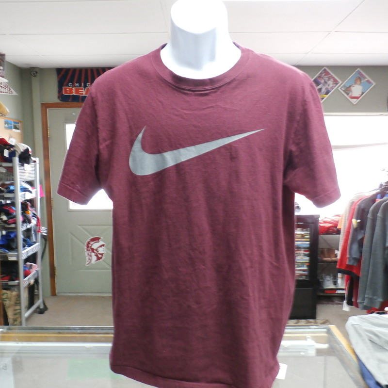 "Nike Men's Regular Fit Short Sleeve Shirt Maroon Size Large 100% Cotton #19915<br /> Rating:   (see below)3- Good Condition<br /> Team: n/a<br /> Player: n/a<br /> Brand: Nike<br /> Size: Large - Men's  (Measured: 20"" Wide, length 28"")<br /> Measured: Armpit to armpit; shoulder to hem<br /> Color: Maroon<br /> Style: short sleeve; screen pressed; regular fit<br /> Material: 100 Cotton<br /> Condition: 3- Good Condition -   no rips, tears, or stains; slightly any pilling or fuzz; screen press no cracks or peeling;fabric feels crisp (see photos)<br /> Item #: 19915<br /> Shipping: FREE"