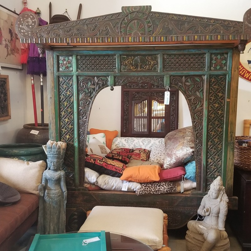 Opium Day Bed/Chinese Wedding Bed. Beautiful, hand carved bed.  Georgous peice to make a statement!
