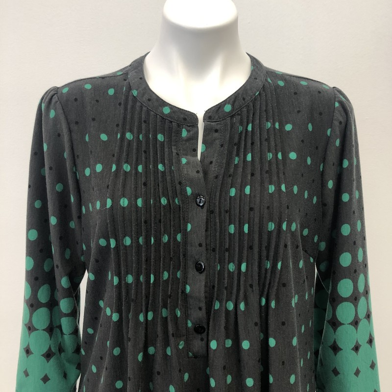 Reborn Tunic, Polka, Size: XL, Green/Grey<br /> <br /> Cute tunic that goes from drak grey with green polka dots to the opposite. Short placket in front with three buttons. Rayon Spandex blend.
